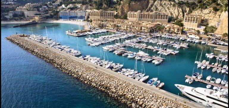 (Es) Los puertos deportivos y turísticos de la Comunitat Valenciana realizan servicios esenciales