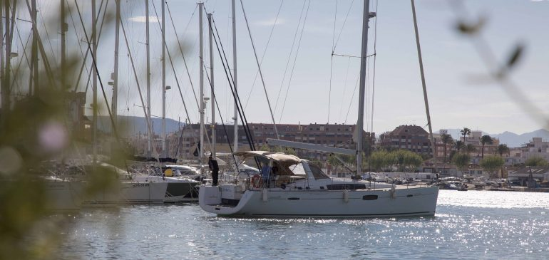 (Es) Medidas a adoptar en los Puertos de la Generalitat Valenciana como consecuencia del brote de coronavirus COVID-19